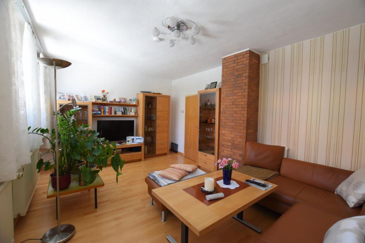 Immobilien - Coburg - Verkauft - Mehrfamilien-Stadthaus ...