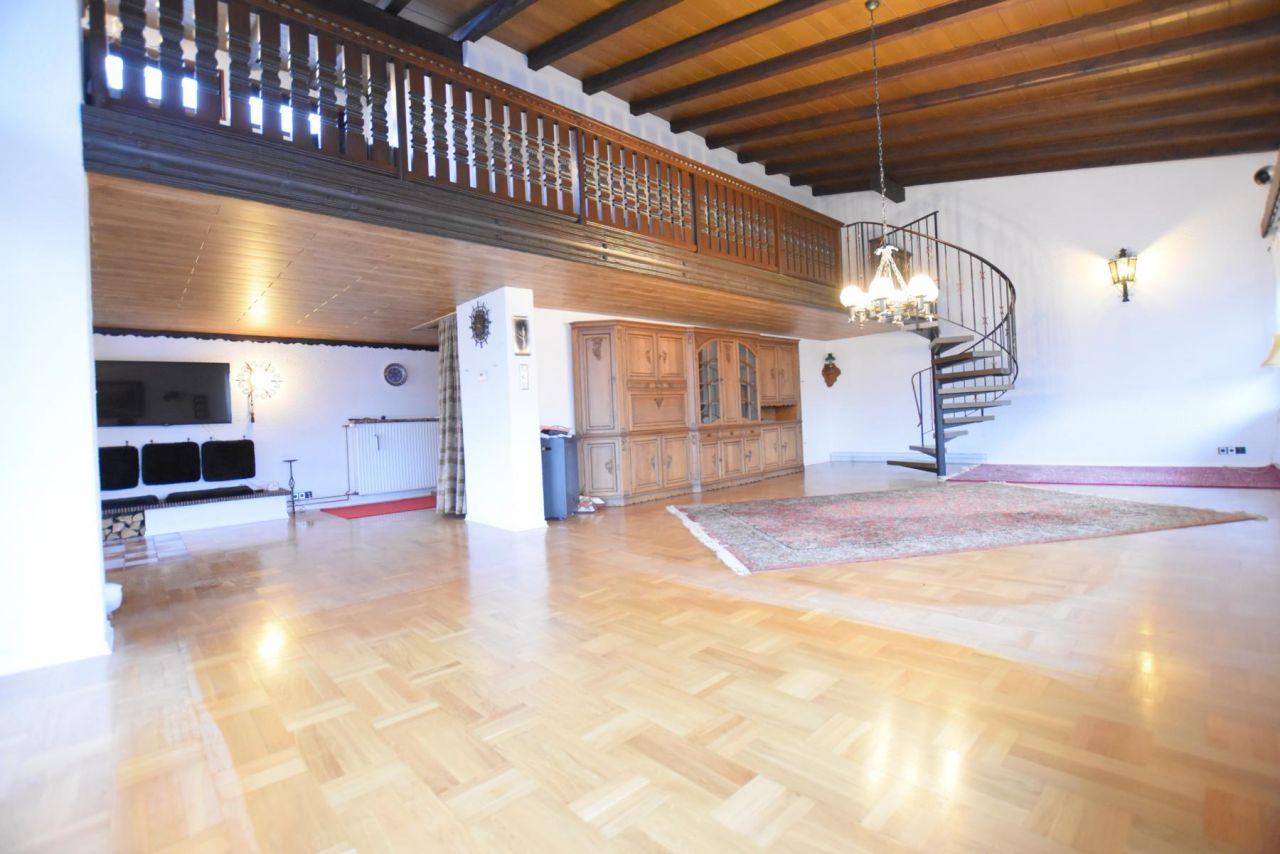 Fußbodenbelag Coburg ~ Immobilien neustadt bei coburg charmanter und großzügiger